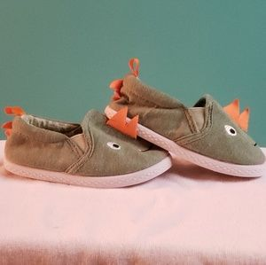 Toddler chatacter soft shoes, size 5
